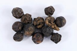 Black peppercorns (Lampong pepper)