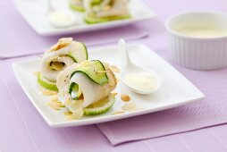 Sole and cucumber rolls with lime