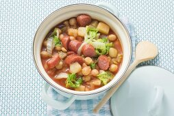 Chick-pea stew with Chinese cabbage