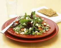 Mixed salad leaves with feta and tomatoes