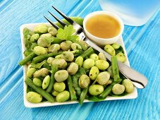Bean salad with vinaigrette