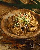 Kaeng massaman (Thai curry dish)