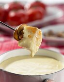 Swiss cheese fondue with white bread