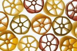 Coloured pasta wheels
