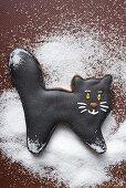 A black gingerbread cat