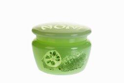 Noni moisturizer, close-up