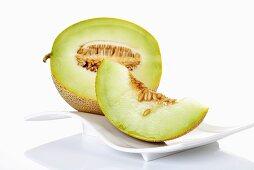 Melon (half and slice)