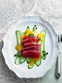 Marinated tuna with mango and fresh cucumber (Christmas)