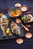 A cabbage dish for the winter: gilthead with fried white cabbage