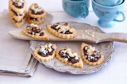Fig and macadamia nut biscuits
