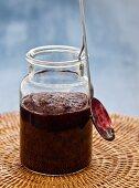 Blackcurrant jam with cloves