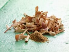 Lemongrass: dried and grated