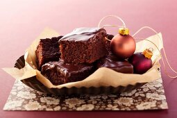 Brownies with chocolate icing