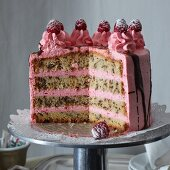 Stracciatella and raspberry cake, sliced