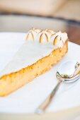 Meringata al limone (Italian Lemon meringue cake)