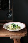 Taglierini mit Brokkoli und Mandelsauce