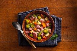 Vegetable stew with pork
