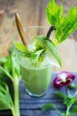 Fruity vegetable juice