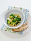 Steamed broccoli with hazelnuts and lemon
