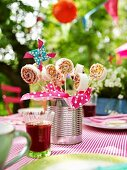 Sweet sandwich 'lollipops' with cream cheese and jam