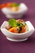 Scampi with mango and coriander dressing