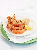 Crispy prawns with cocktail sauce