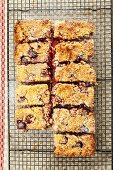 Raspberry and almond slices topped with crumbles