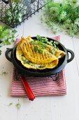 Kräuteromelett mit Mangold gefüllt