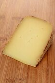 Tomme de Brebis (sheep's cheese from France)