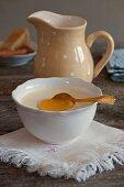Crème bavaroise with honey