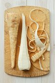 Parsnips with and without peels