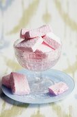 Marshmallows in glass bowl