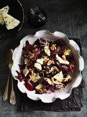 Radicchio salad with Gorgonzola and walnuts