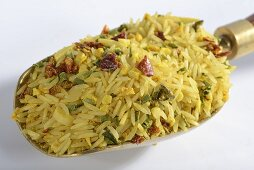 A ready-made mix of rice with dried vegetables and spices