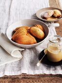 Orange madeleines with honey cream