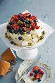 Pavlova (meringue cake with cream and fruit)