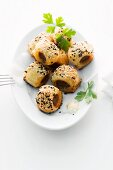 Minced meat pastry rolls