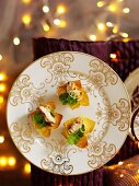 Wontons with chicken (Christmas)