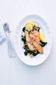 Plaice fillets with shrimps and spinach