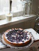Blueberry cake with lemon cream