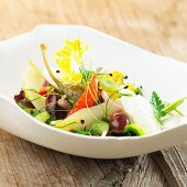 Chicory salad with giant capers