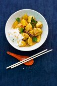 Chicken curry with pineapple and rice