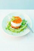 Horseradish mousse and salmon tartar cake