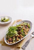 Chickpea salad with cucumber and mint