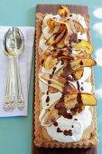 Banoffee pie with crispy cinnamon bananas