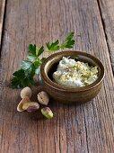 Roquefort cream with pistachio nuts
