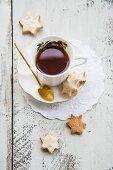 Cinnamon stars and tea