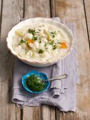 Cauliflower soup with dill