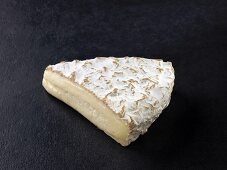 Brie de Melun (French cow's milk cheese)