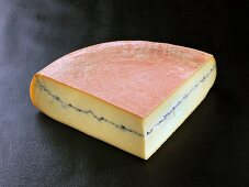 Morbier (French cow's milk cheese)